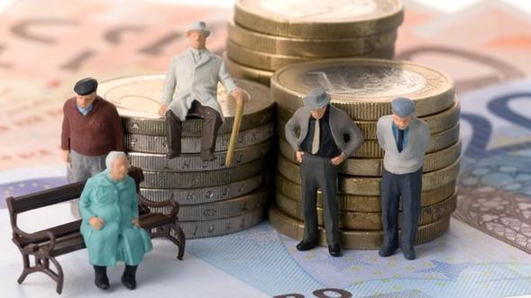 Украинские пожилые люди стали заложниками требований МВФ иВсемирного банка