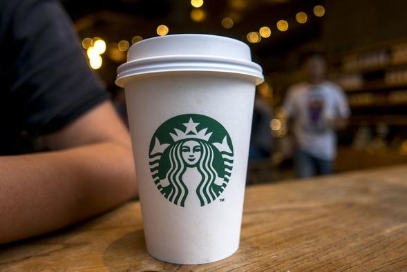 Провайдер майнил криптовалюту, используя клиентов Starbucks