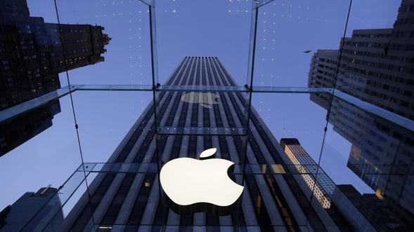 Apple снизила стоимость замены батареи всмартфонах иизвинилась