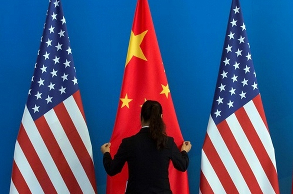 США вводят новые пошлины натовары изКитая на200 млрд долларов