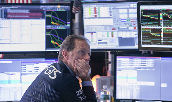 Американские фондовые индексы упали на 3% на фоне опасений рецессии